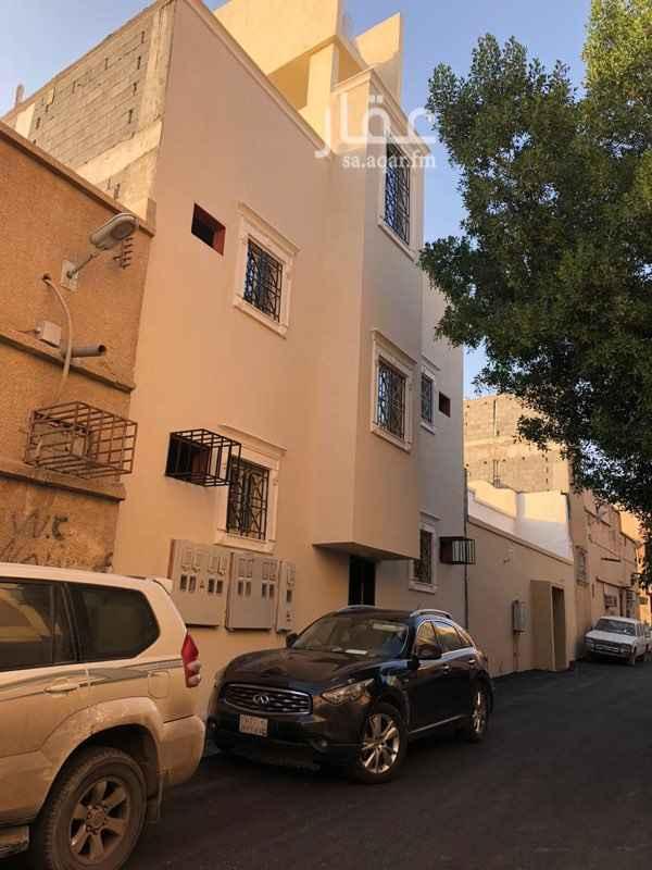 عمارة للبيع في شارع صفيري ، حي اليمامة ، الرياض ، الرياض