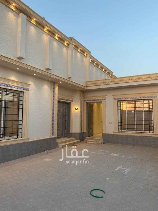 دور للبيع في شارع احمد بن الخطاب ، حي طويق ، الرياض ، الرياض