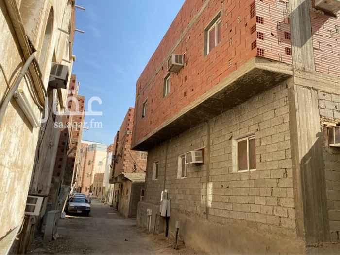 عمارة للبيع في شارع ابراهيم بن اميه ، حي الجامعة ، جدة ، جدة