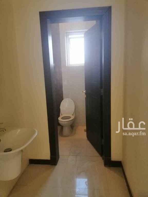مكتب تجاري للإيجار في طريق الامام سعود بن فيصل ، حي الملقا ، الرياض