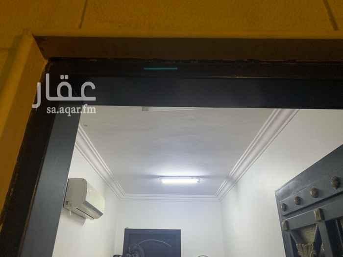 غرفة للإيجار في شارع رقم 363 ، حي ظهرة لبن ، الرياض ، الرياض