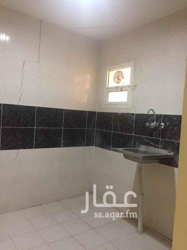 مكتب تجاري للإيجار في شارع عسير ، حي ظهرة لبن ، الرياض