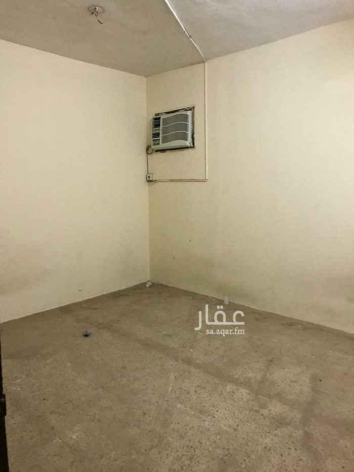 بيت للإيجار في شارع ابن ميداني ، حي السويدي ، الرياض ، الرياض