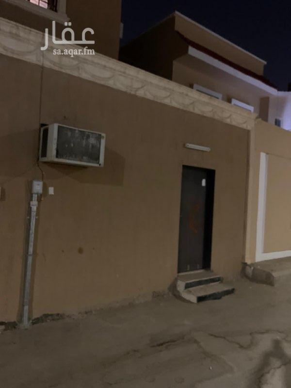 غرفة للإيجار في شارع علي بن عبدالرحيم ، حي شبرا ، الرياض ، الرياض