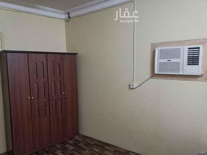 شقة للإيجار في شارع ابن عبدالشكور ، حي منفوحة الجديدة ، الرياض