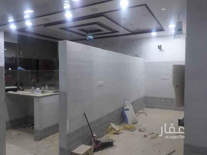 محل للإيجار في شارع الصحابة ، حي اشبيلية ، الرياض