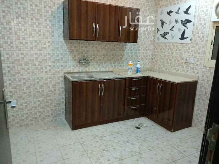 شقة للإيجار في شارع الخياله ، حي الملز ، الرياض
