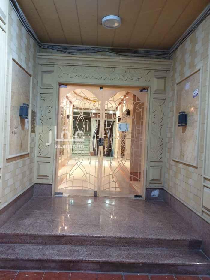 شقة للإيجار في شارع عبدالعزيز بن يحيى ، حي المروج ، الرياض ، الرياض
