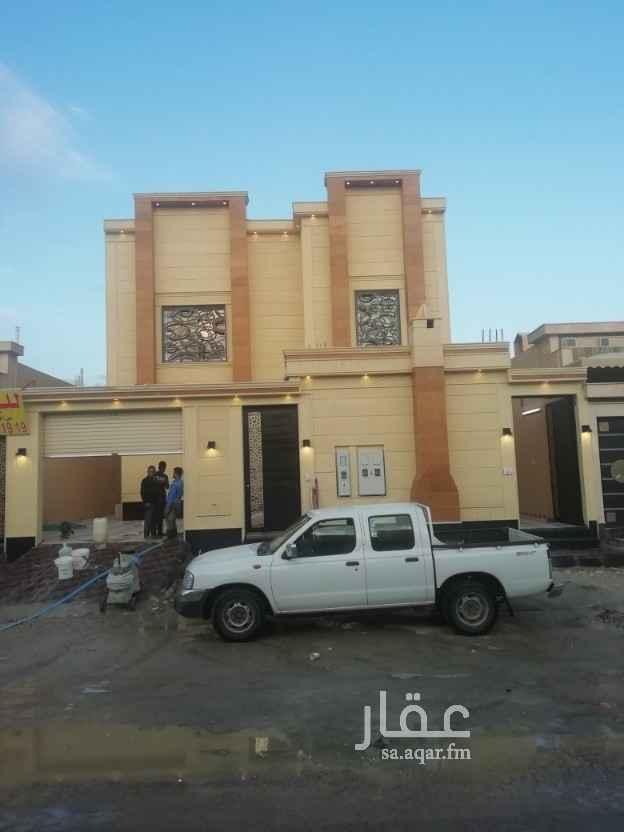 فيلا للبيع في شارع نجم الدين الأيوبي ، حي العوالي ، الرياض
