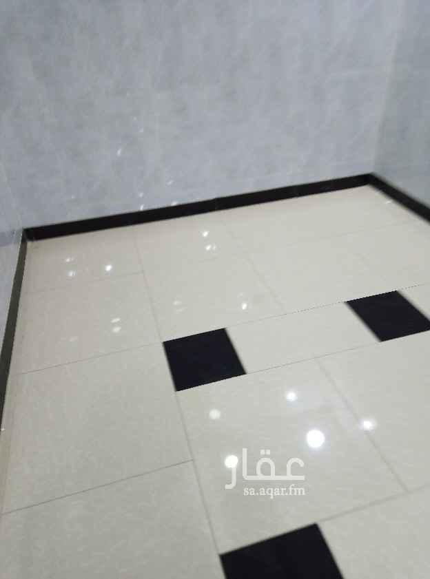 محل للإيجار في شارع التحلية ، حي العقيق ، الرياض ، الرياض