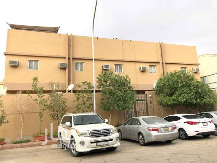 عمارة للبيع في شارع الامام عبدالله بن ثنيان ال سعود ، حي الربوة ، الرياض