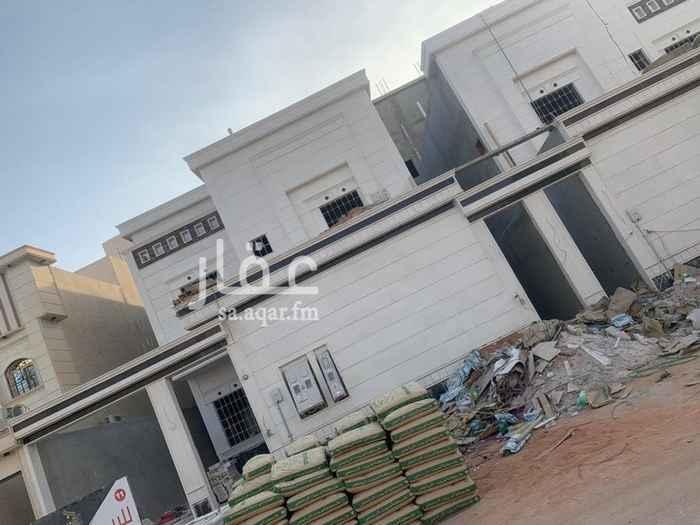 فيلا للبيع في شارع الضوء ، حي الرمال ، الرياض