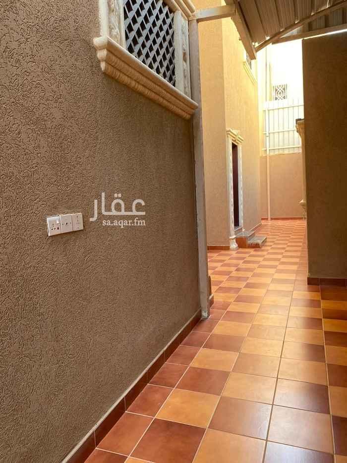 فيلا للبيع في شارع عماد الدين الاصفهاني ، حي المروج ، الرياض ، الرياض