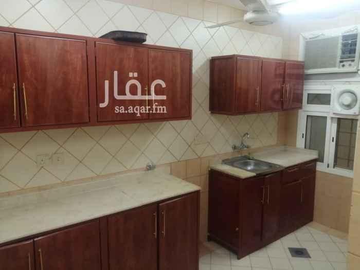 شقة للإيجار في شارع الخليفة الناصر لدين الله ، حي السويدي الغربي ، الرياض ، الرياض