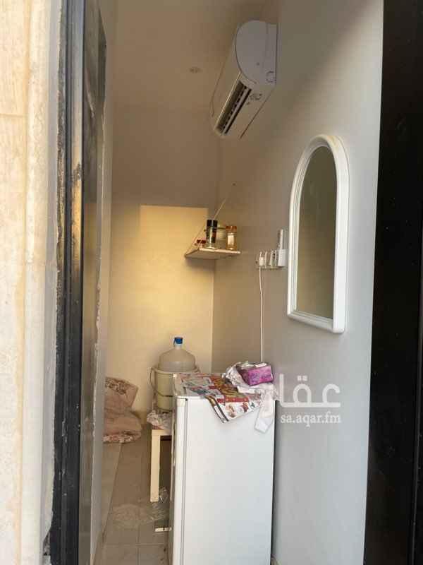 غرفة للإيجار في شارع محمد المنصوري ، حي النرجس ، الرياض ، الرياض