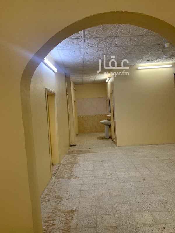 بيت للإيجار في حي بحرة ، جدة