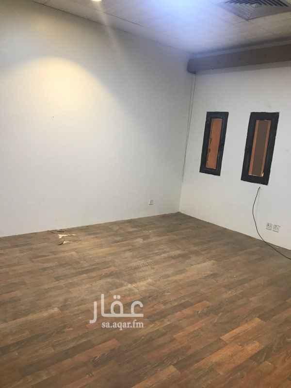شقة للإيجار في شارع عثمان بن عمر ، حي المروج ، الرياض ، الرياض