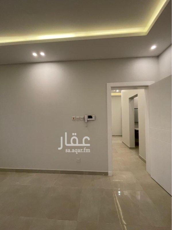 شقة للبيع في حي ، شارع ربيعه بن عامر بن بجاد ، حي العارض ، الرياض
