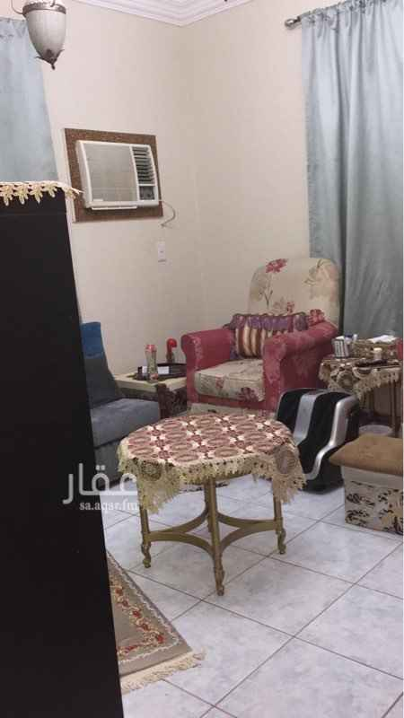 شقة للبيع في شارع الامام الحنفي ، حي الروضة ، جدة