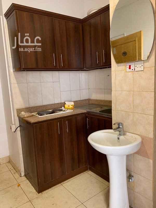 شقة للإيجار في شارع الجامعة ، حي الملز ، الرياض ، الرياض