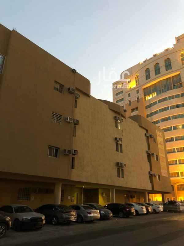 شقة للإيجار في شارع نعيم بن حماد ، حي الوزارات ، الرياض ، الرياض