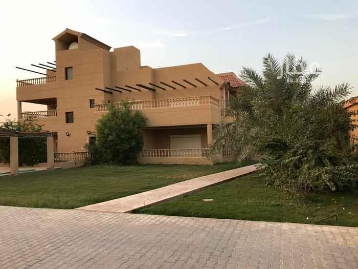 فيلا للبيع في شارع الحاجر ، حي النفل ، الرياض