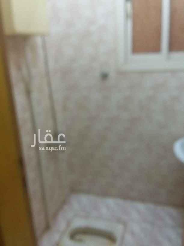 شقة للإيجار في طريق الشيخ حسن بن حسين بن علي ، حي قرطبة ، الرياض
