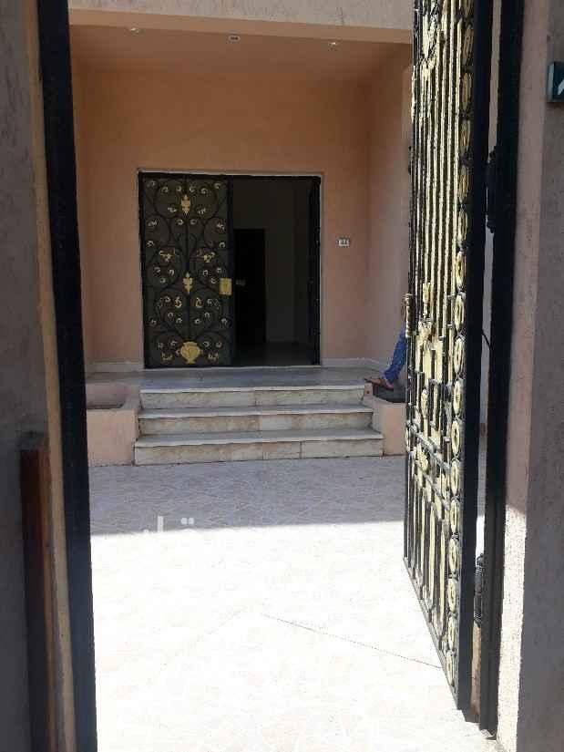 دور للإيجار في شارع الامير سلطان فرعي ، حي المحمدية ، جدة