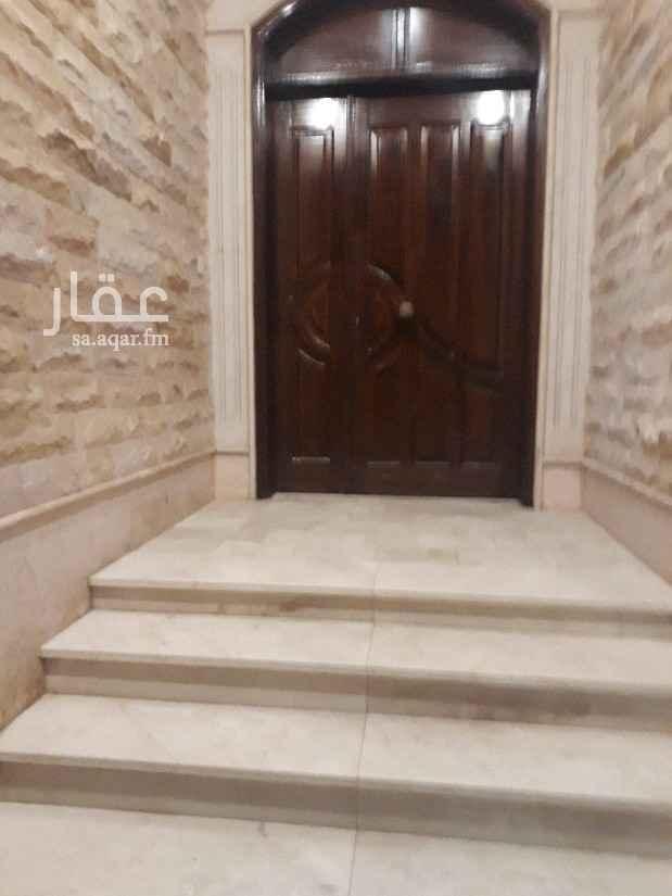 دور للإيجار في شارع محمد بن رزيق ، حي المحمدية ، جدة