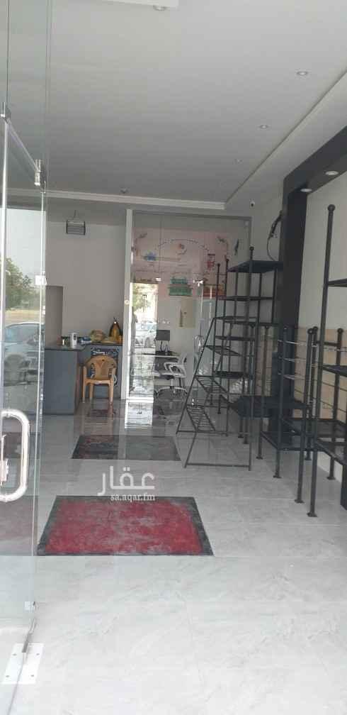 محل للإيجار في شارع الأمير ناصر بن سعود بن فرحان آل سعود ، حي الصحافة ، الرياض ، الرياض