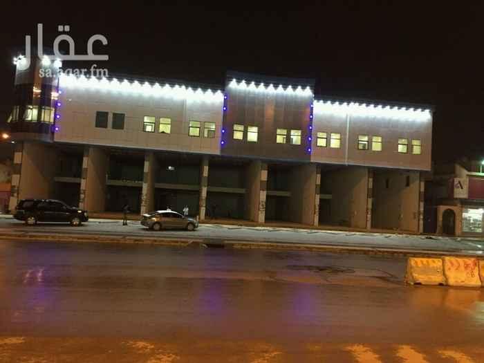 محل للإيجار في طريق الشيخ حسن بن حسين بن علي ، حي قرطبة ، الرياض