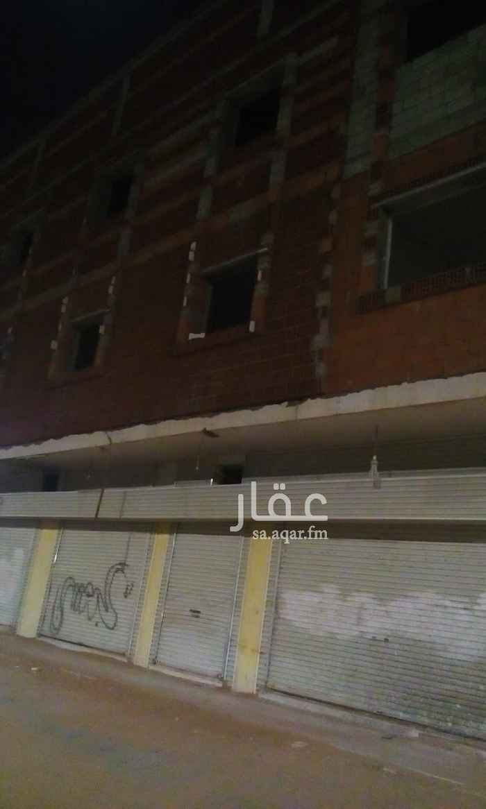 عمارة للإيجار في شارع عمير بن عوف ، حي الدفاع ، المدينة المنورة ، المدينة المنورة