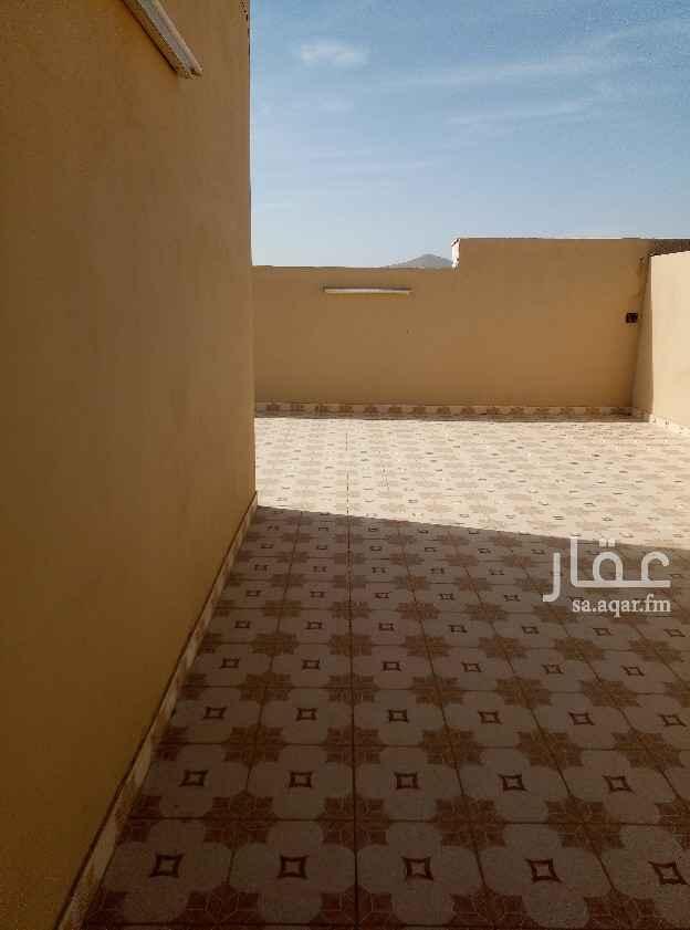 شقة للبيع في شارع أحمد بن أبي عبيد الله ، حي الدفاع ، المدينة المنورة ، المدينة المنورة