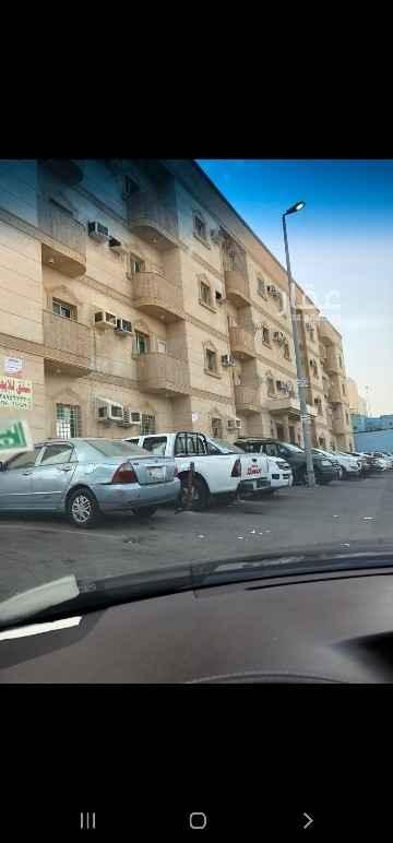 شقة للإيجار في شارع عمر بن بكار ، حي مدائن الفهد ، جدة ، جدة