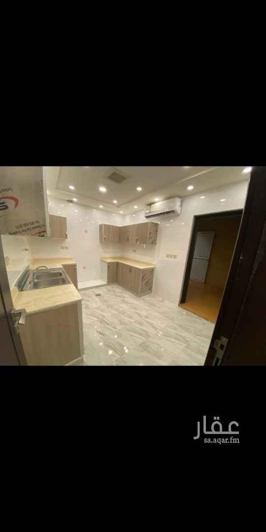 شقة للإيجار في شارع رقم 35 ، حي الشهداء ، الرياض