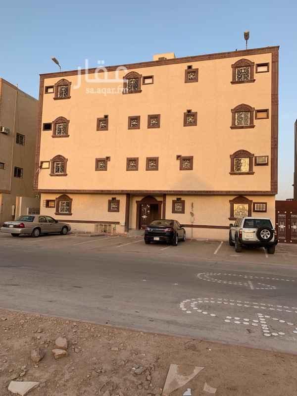 شقة للإيجار في شارع احمد بن منيع ، حي الحزم ، الرياض