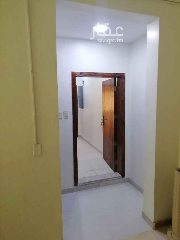 شقة للإيجار في شارع الشموع ، حي العقربية ، الخبر ، الخبر