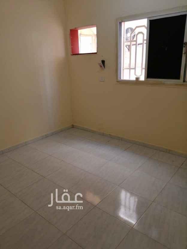 شقة للإيجار في شارع علي بن السناني ، حي الربوة ، جدة