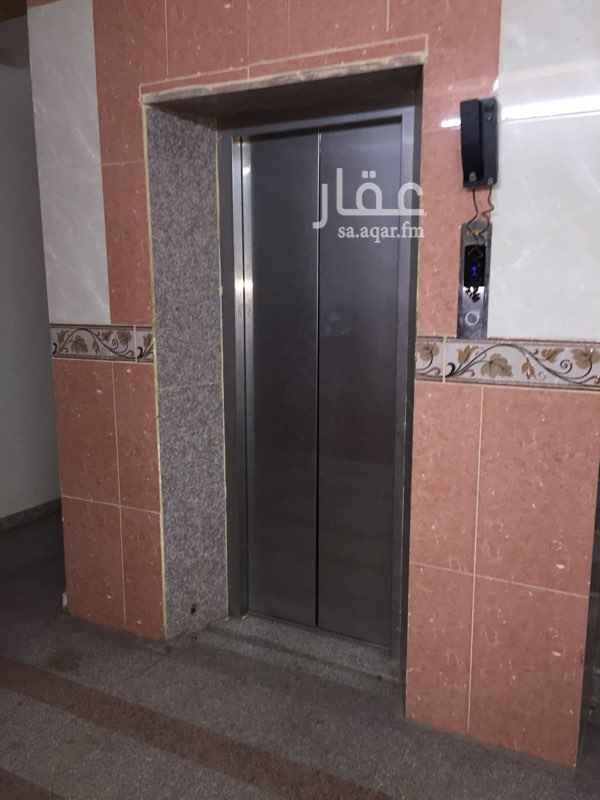 شقة للإيجار في شارع عبدالله بن عمير ، حي العريض ، المدينة المنورة