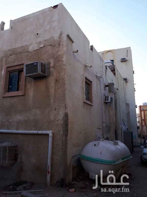 بيت للبيع في شارع وادي الحشاء ، حي العزيزية ، جدة