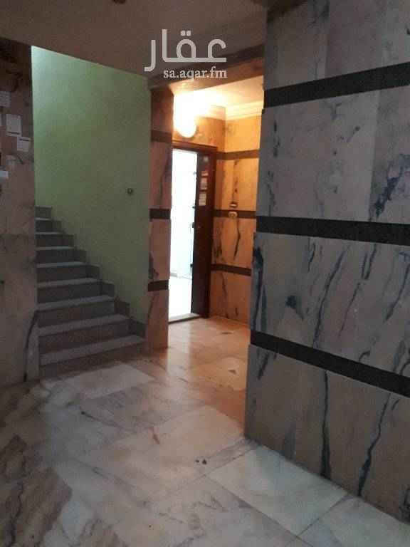 شقة للبيع في شارع عبدالرحمن بن حسنه ، حي البوادي ، جدة