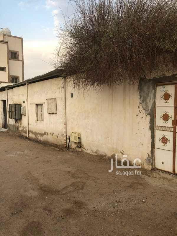 بيت للبيع في شارع عمر بن زيد بن جارية ، حي الزهرة ، المدينة المنورة ، المدينة المنورة