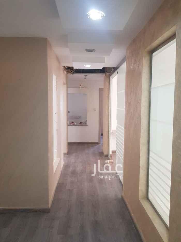 مكتب تجاري للإيجار في الرياض ، حي الواحة ، الرياض