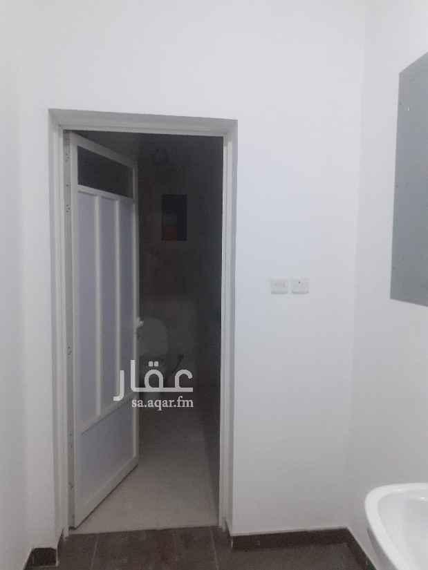 شقة للإيجار في شارع الدارقطني ، حي الشراع ، الخبر ، الخبر