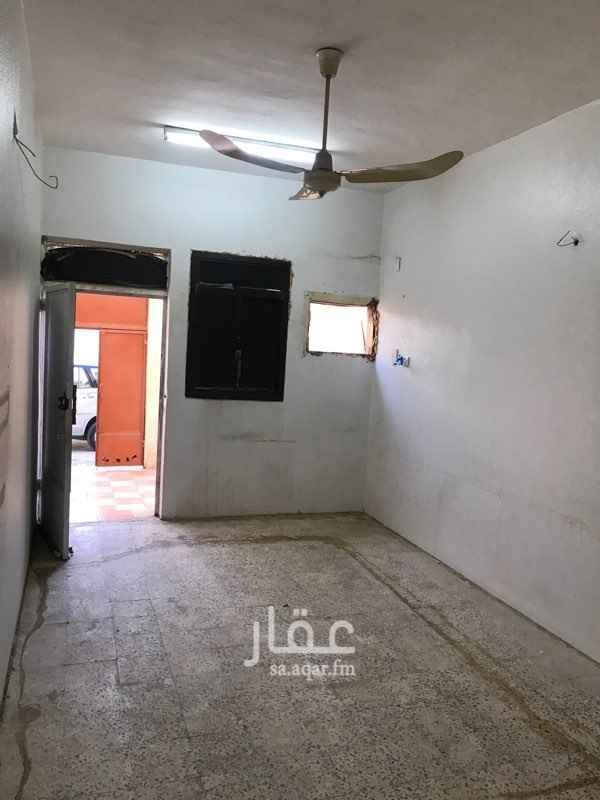 بيت للإيجار في شارع صفوان ، حي العريجاء الغربية ، الرياض ، الرياض
