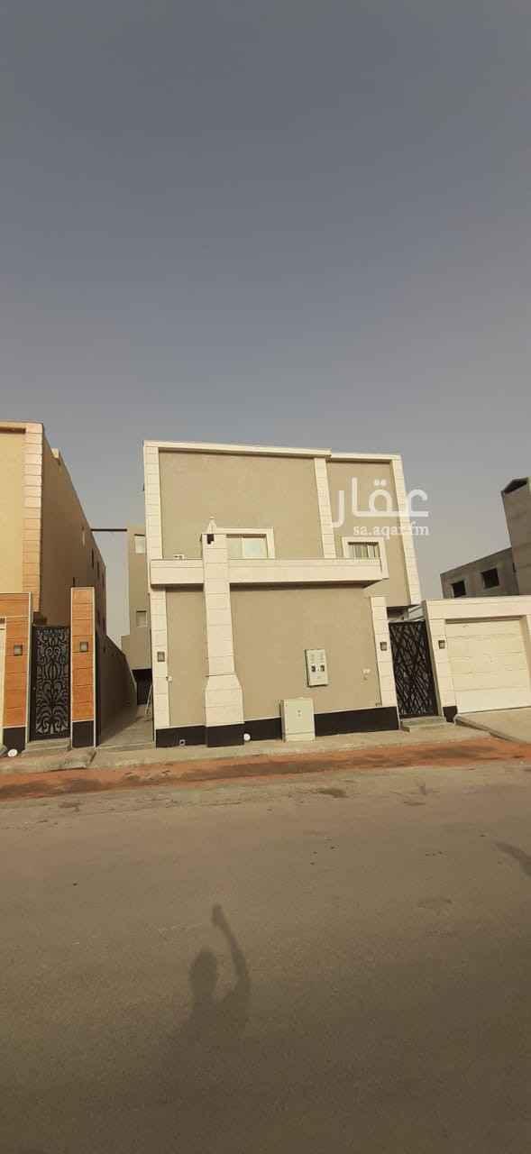 دور للإيجار في شارع رقم 550 ، حي النرجس ، الرياض
