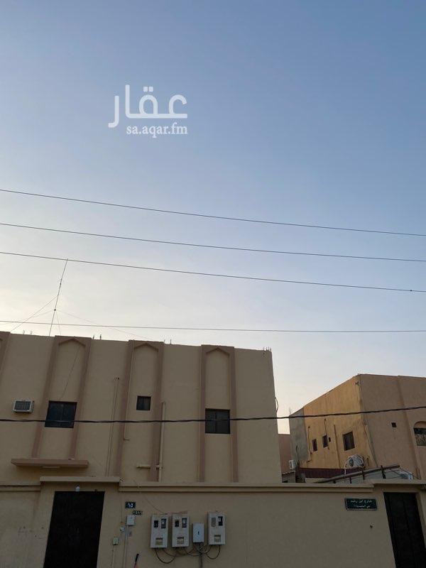 دور للإيجار في طريق الملك فهد ، حي القادسية ، رفحاء ، رفحاء