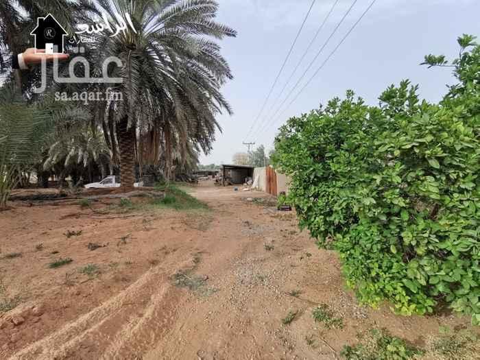 مزرعة للبيع في طريق المدينة المنورة ، حي الوهلان ، عنيزة ، عنيزة