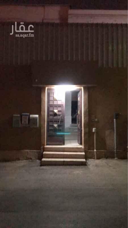 دور للإيجار في شارع الرقعاء ، حي السويدي ، الرياض