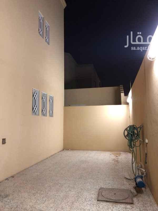 دور للإيجار في شارع الفسطاط ، حي السويدي ، الرياض